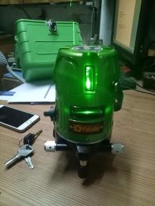 Máy cân bằng laser fukuda 469gj